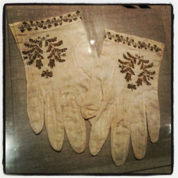 Mary Todd Lincoln's Gloves