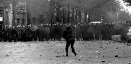 Manifestation riot demonstration émeute crs gendarme mobile crs 1968 a
