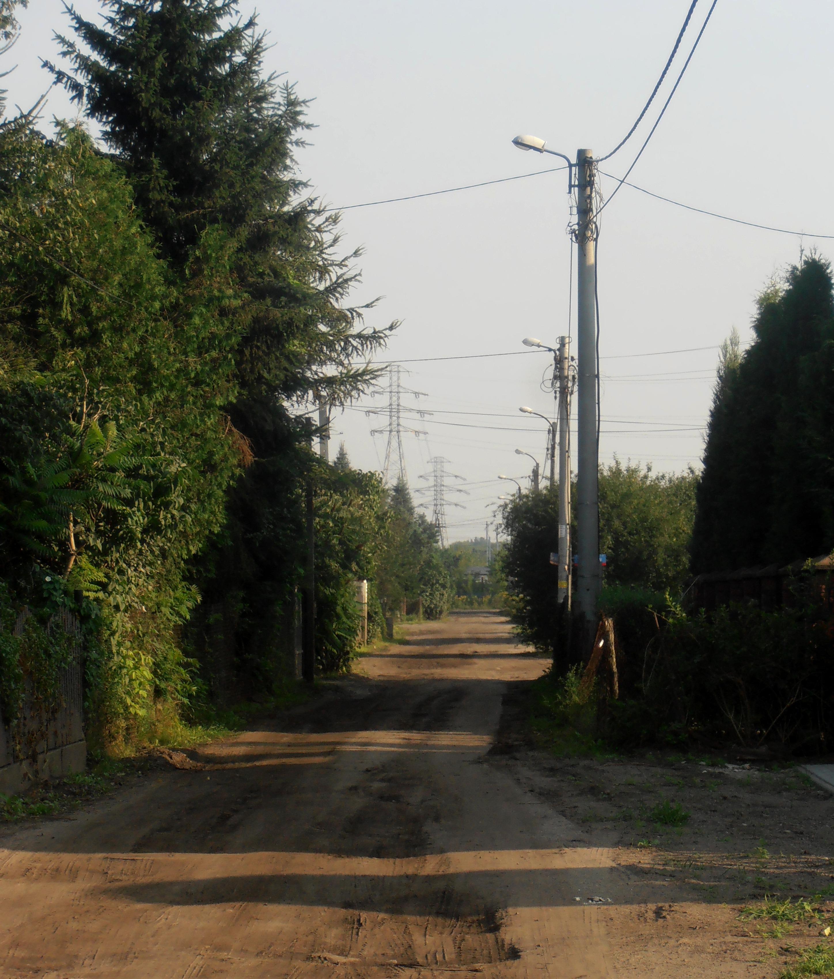 Ulica Szeroka na Pradze Południe i w Rembertowie