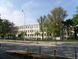 POL Warsaw School No71.jpg