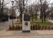 Ogrod Krasinskich (tablica, getto warszawskie)