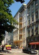 Noakowskiego (budynek nr 16)