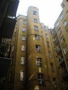 Noakowskiego (budynek nr 10, pierwsze podwórze)