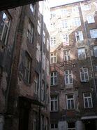 Noakowskiego (budynek nr 16, podwórze)