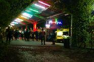 Dw. Główny nocny bazar 1