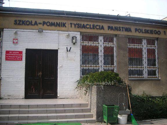 XLV Liceum Ogólnokształcące im. Romualda Traugutta