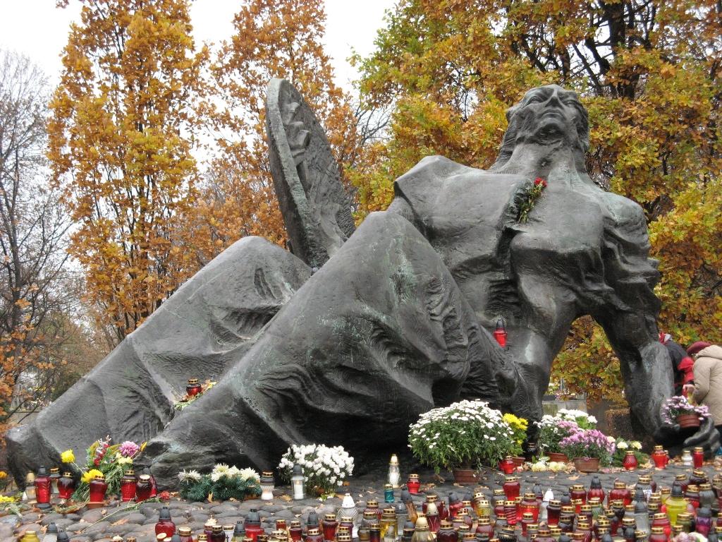Pomnik Polegli Niepokonani