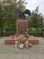 Żołnierzy Wyklętych, Pirenejska (kamień pamiątkowy)