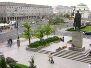 Plac Trzech Krzyży widok od strony pomnika Witosa