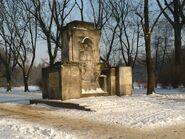 Pomnik Zolnierzy Radzieckich Zima