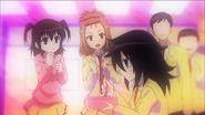 Tomoko eat