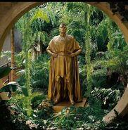 Statues of Adrian Veidt inside Lady Trieus Vivarium