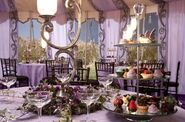 Close-up-look-at-decorations-for-Bill-Fleur-s-wedding-reception-harry-potter-16298472-542-357