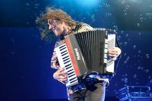 Weird al at the family arena.jpeg