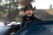 Yellowstone - Meaner Than Evil - Promo Still 3