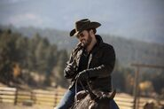 Yellowstone - Touching Your Enemy - Promo Still 2