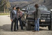 Yellowstone - Cowboys and Dreamers - Promo Still 5