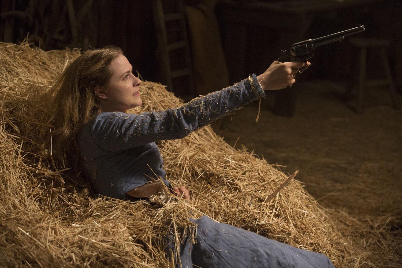 Dolores holding the gun.jpg