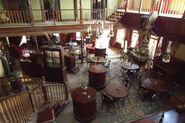 Westworld-saloon