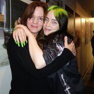 Billie-eilish-with-her-mom-maggie-baird-at