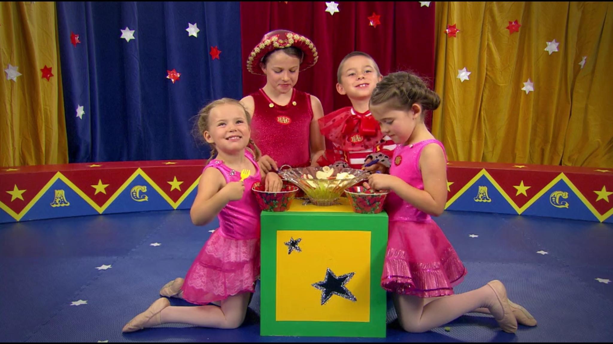 Fruit Salad (Baby Antonio's Circus episode)
