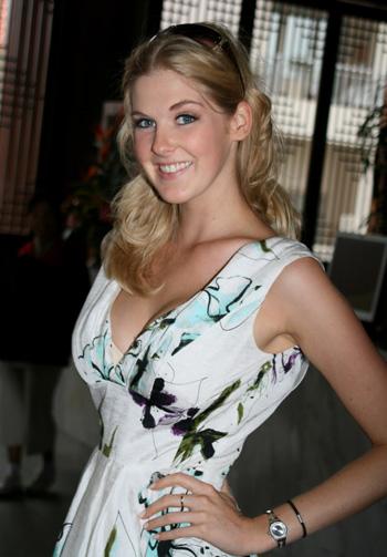 Caroline Pamberton