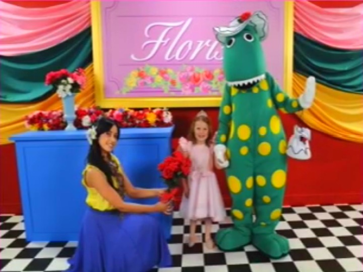 Dorothy Goes to the Florist