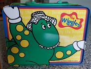 The-Wiggles-tin-lunch-box-with-Dorothy-The- 57