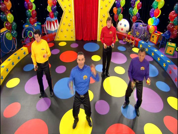 Juggling, Juggling, Juggling Balls