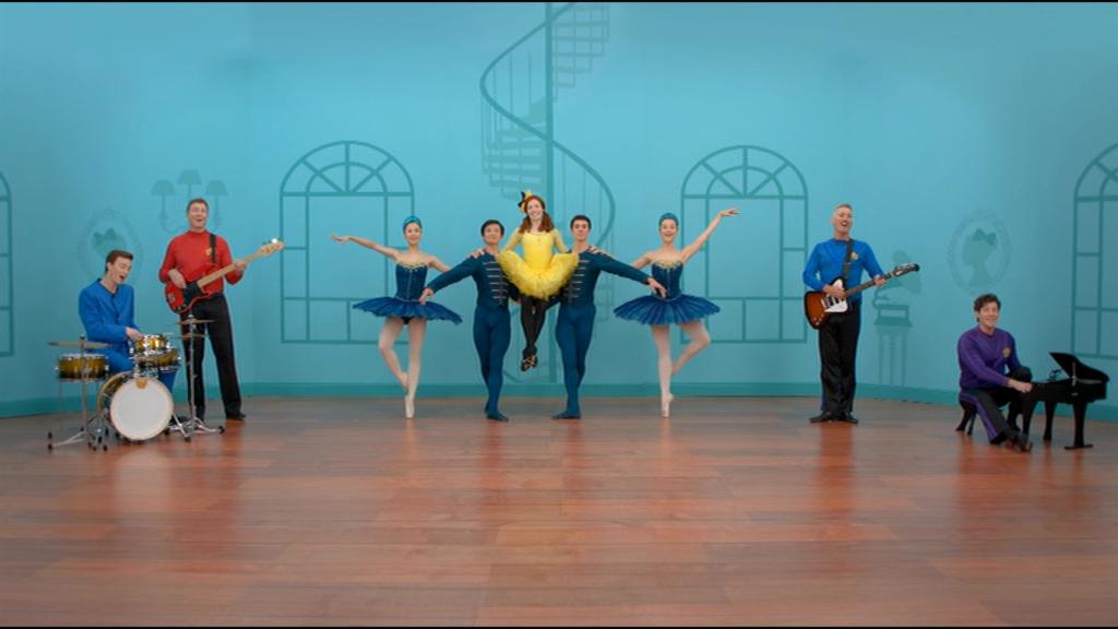Dance with Emma Ballerina