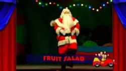 FruitSaladBowWowWow(episode)titlecard.png