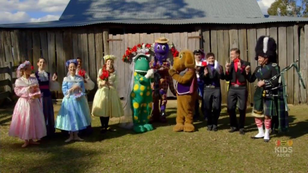 A Wiggly Wedding