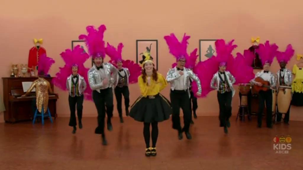 Emma Baila Baila!