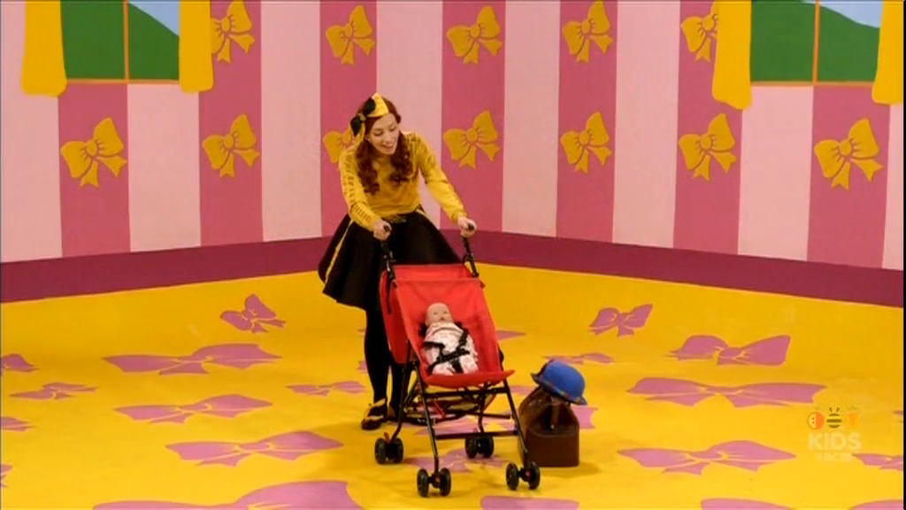 Miss Polly Had A Dolly (Emma! episode)