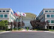250px-Apple Headquarters in Cupertino.jpg