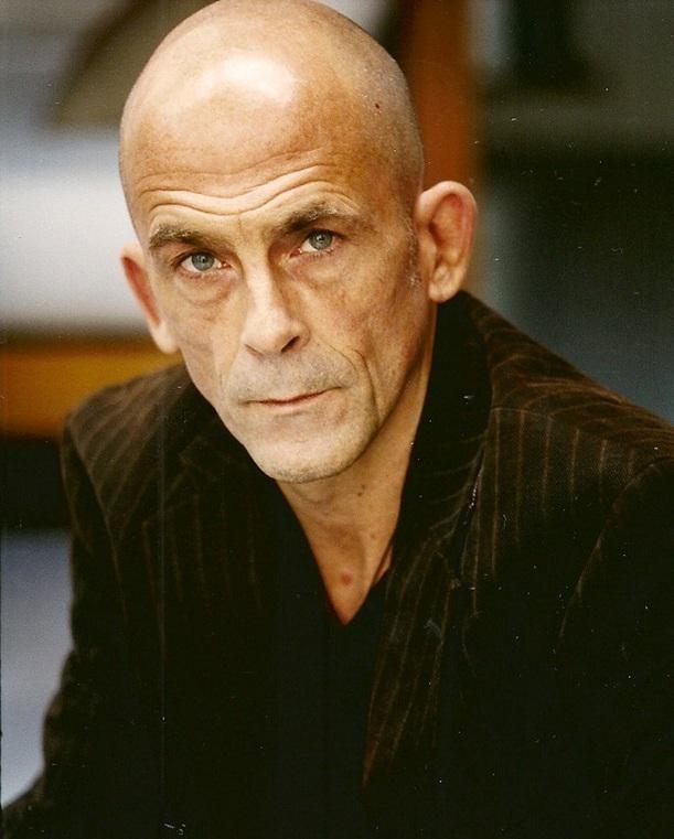 Emmanuel Karsen.png