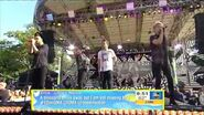 """One Direction – """"Drag Me Down"""" (Live at GMA 2015)"""