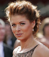 Emmy2005 debra messing