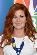 Debra-Messing-0