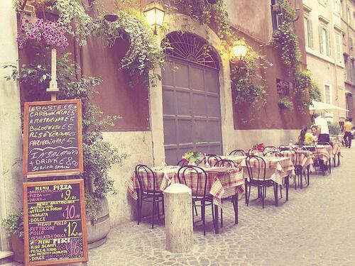 The cafe..jpg