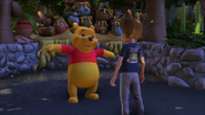 KDA - Winnie the Pooh likes to practice with the exercises