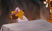 Winnie-the-pooh-disneyscreencaps.com-4114