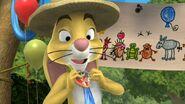 02 Tigger & Pooh and a Musical Too - Mayor Rabbit