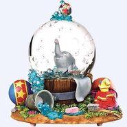 8e042c42fc583c1d1dbb50d33661b5fb--bubble-baths-snow-globes
