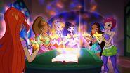 Winx and Sirenix Boxes - Episode 506