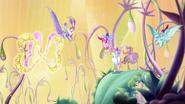 Goldener Schmetterling und Winx 725 01