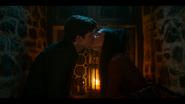 1х03 Поцелуй Музы и Сэма