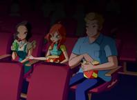 Блум и её родители в кино.png