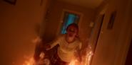 1х01 Блум поджигает дом
