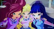 Лейла, Стелла и Муза
